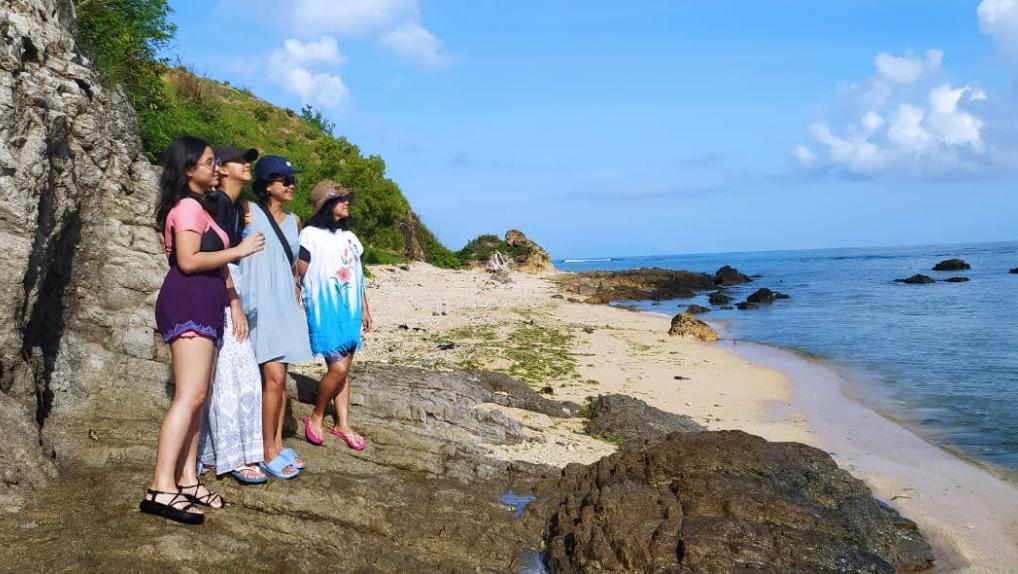 Wyndham Sundancer Resort Lombok Pool Villa