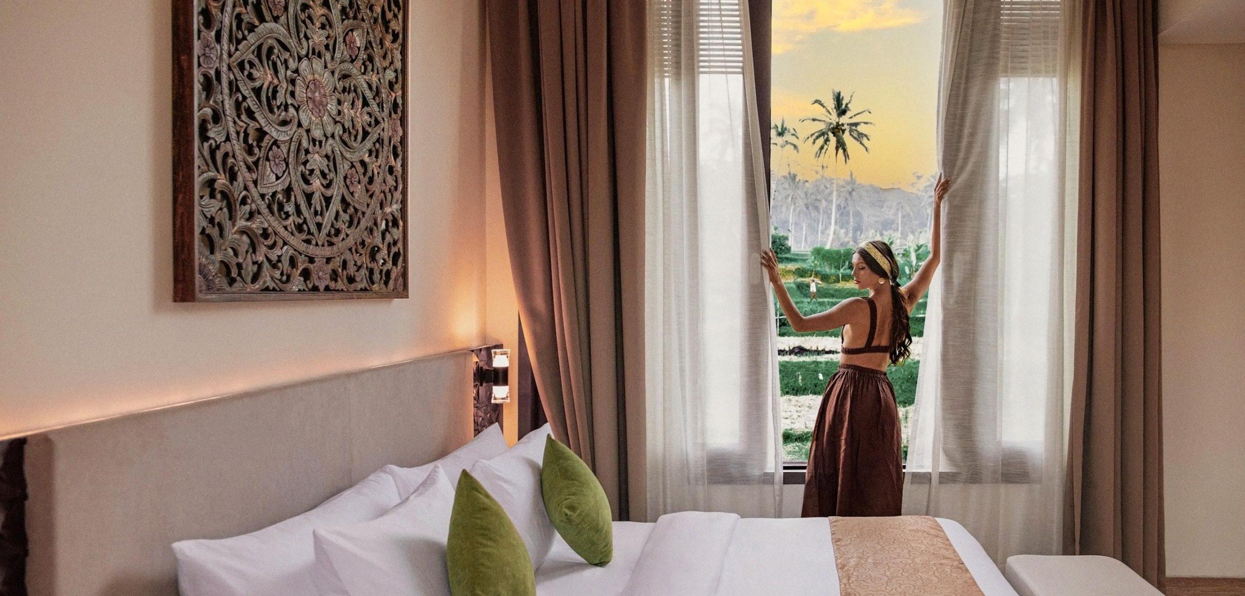 Single Bedroom welcomes views of Sunrise